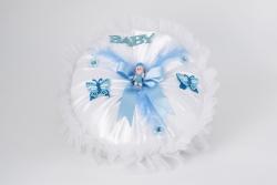 Kissen aus Seide in Weiß mit Schmetterling und Schleife Junge