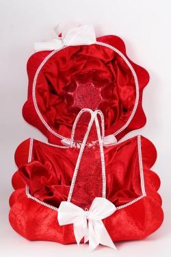 Korb und Tablett mit weiße Schleifen  für Henna und Gastgeschenke in rot