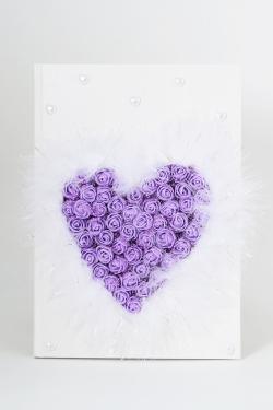Gästebuch Beschmückt mit lila schaumrosen in Herzform feder und Perlen